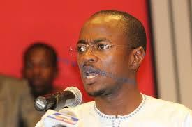 Abdou Mbow défie Karim Wade: «…il n'a qu'à venir au Sénégal…»
