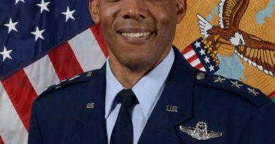 Un afro américain nommé chef d'état major de l'US Air Force, une 1ère dans l'histoire des États-Unis.