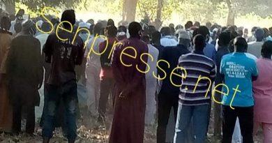 Inhumation de Malang Thiam à Diouloulou: Une foule immense jamais vu a accompagné le maire jusqu'à sa dernière demeure