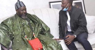 Dernière minute: Sonko va déférer à la convocation sur la demande de son marabout Serigne Abdou Mbacké